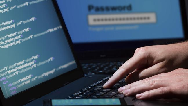 is-your-computer-being--hacked-136393853271703901-141021161811